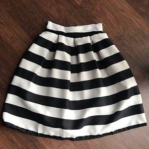 Dresses & Skirts - A Line Bloom Skirt W/Vertical Stripes